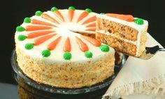 Es una pastel de zanahoria súper fácil de hacer, rico para regalar y lo puedes utilizar en los cumpleaños.
