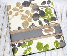 Recipe Binder with Dividers / Nature Recipe Binder / 3 Ring Notebook Recipe / Vines Leaves Recipe Binder / Green, Tan and Gray Recipe Book Book Binder, Smartphone Holder, Recipe Binders, Notebook Paper, Brown And Grey, Gray, Binder Covers, How To Make Notes, Fabric Covered