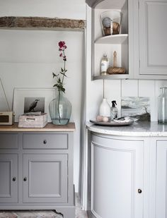 Browse our laundry room furniture, which includes clever cabinet designs for hiding away all your essentials, from pegs to towels, brooms to ironing boards. Neptune Kitchen, Cottage Exterior, Cabinet Design, Beautiful Interiors, Kitchen Furniture, Mudroom, Sideboard, Home Kitchens, Laundry Room
