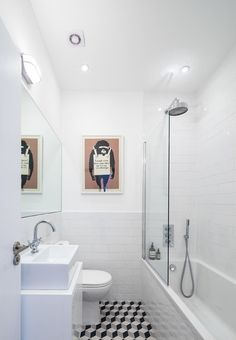Expand the space. A fixed panel of frameless glass looks the part in any style of bathroom, not least in an all-white, compact scheme, where fuss-free lines and classic materials win out. This is the best option if your bathroom is very compact and a curtain or fussier glass fittings would break up the space and visually shrink your room.