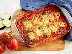 Maukas munakoiso-mozzarellapaistos maistuu raikkaan salaatin kanssa. Tarjoa lisänä rapeaa leipää.