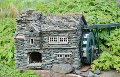 Miniature Villages in England | His phenomenal attention to detail goes into every building, from ...