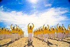 Falun Gong -Falun Dafa | by suyasa