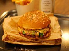 Big Fernand, le burger plus vrai que nature.  Rue du Faubourg Poissonnière, paris 10.