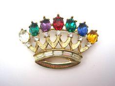 Vintage Trifari Crown Brooch - Dearest Jewelry - Alfred Philippe