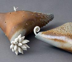 Preparing With Eagerness I, 2011, ceramic, Eva Lys Champagne.