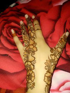 Back Hand Mehndi Designs, Mehndi Designs Book, Legs Mehndi Design, Mehndi Designs For Beginners, Modern Mehndi Designs, Mehndi Designs For Girls, Mehndi Design Photos, Wedding Mehndi Designs, Mehndi Designs For Fingers