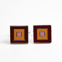 Double Squares Cufflinks! A classic design good for everyday wear! #splicecufflinks #cufflink #cufflinks http://marketplace.zalora.sg/accessories/splice-cufflinks/