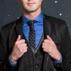 Look your Batman best // DC Comics Batman Logo Skinny Tie, Formal Vest & Blazer