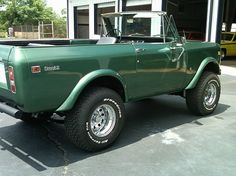 1972 International Scout, love this green color