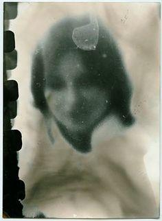 """ZINDO & GAFURI"": Miroslav Tichy Santa Lucia, Miroslav Tichy, Photo Class, Art Brut, Out Of Focus, Dark Photography, Famous Photographers, Outsider Art, Light And Shadow"