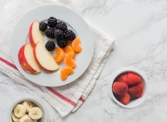 5 Ways Fruit Can Help You Lose Weight | Eat This Not That Fiber Diet, High Fiber Foods, Fruit Diet, Eat Fruit, Low Fat Diets, High Fat Diet, Stop Eating Sugar, Nutrition And Dietetics, Nutrition Tips