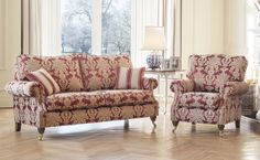 A traditional classy new model for 2014. The Alstons Amberley is a gorgeous piece for that classic room setting.