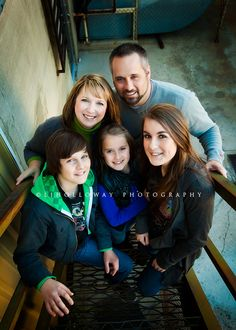 shooting from the top of the stairs = smart plan for short me. This would be great in Senoia with some of my families..