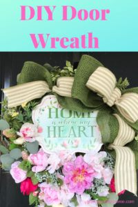 This beautiful and easy DIY front door wreath is perfect for spring and summer and will add charm and beauty to your home! Front Door Decor, Wreaths For Front Door, Door Wreaths, Modern Wreath, Summer Wreath, Spring Wreaths, Easter Wreaths, Wreath Tutorial, Diy Door