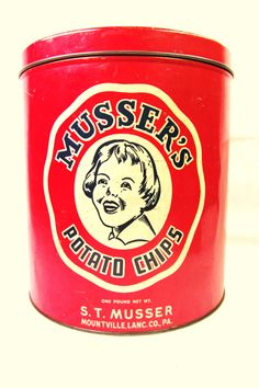 Vintage Tin Can Musser's Potato Chips Retro Kitchen Decor(Etsy のTheOldTimeJunkShopより) https://www.etsy.com/jp/listing/88771167/vintage-tin-can-mussers-potato-chips