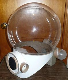 Home-made retro space helmet, blog post with great step-by-step.