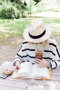 Gettin' artsy with some iced tea! Credit: https://www.pinterest.com/waitingonmartha/