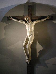 Crucifix by Brunelleschi (1410-15), Basilica di Santa Maria Novella, Florence