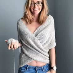 """600 Me gusta, 65 comentarios - Pony McTate (@pony.mctate) en Instagram: """"OK team, whaddya reckon? Meet my new crochet pattern, the Wrapture top. ✨ It's one of those…"""""""