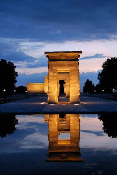 Templo de Debod, Madrid - love this part of the city!