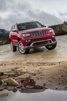 2014 Jeep Grand Cherokee I want one so bad! Chrysler Dodge Jeep, Jeep Dodge, Jeep Cars, Jeep Grand Cherokee Limited, Jeep Cherokee, Scenic Car, 4x4, Mid Size Suv, Small Suv