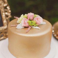 6 kicsi, de elegáns esküvői torta, ha nem akarsz emeleteset