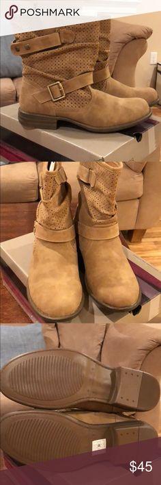 Skechers BRAND NEW never been worn boots 👢 Never been worn tan Skecher boots 👢 Skechers Shoes Ankle Boots & Booties