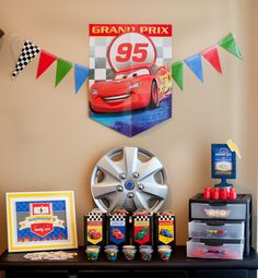 Ridiculously amazing! If I did this for my son, he would blow a gasket with excitement! lol Disney Cars Party