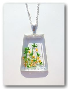 Handmade Jewelry, Resin with Dried flower, Lace flower, large pendant / necklace