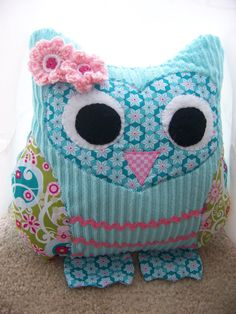 owl pillow  Must make for me!!