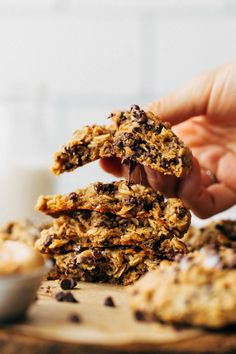 Peanut Butter Roll, Peanut Butter Oatmeal, Vegan Peanut Butter, Peanut Butter Recipes, Butter Chocolate Chip Cookies, Chocolate Chip Oatmeal, Mini Chocolate Chips, Peanut Butter Cookies, Pumpkin Cookies