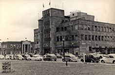 https://flic.kr/p/9syTwn | Nesca House, Newcastle, NSW, Australia [c.1960's] | Nesca House on the corner of King and Auckland Streets. In the background is the Northumberland County Council Office building. Vinco series no. 32.  This image was scanned from a photograph in the Newcastle and Hunter District Historical Society archives which are held by Cultural Collections at the University of Newcastle, Australia.  If you have any information about this photograph, please contact us.  Please…
