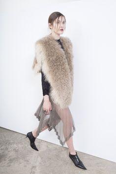 Sharon Wauchob Fall 2016 Ready-to-Wear