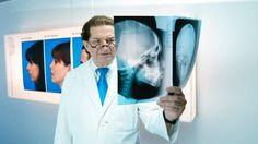"""Prof. Hermann F. Sailer, www.Sailerclinic.com erfand das so genannte Reverse Facelift, das als """"Neue Dimension"""" der ästhetischen Gesichtschirurgie gilt"""
