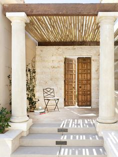 Mediterranean Outdoors from Dorothy Willetts on HGTV