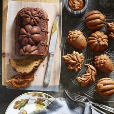 Just-picked apples don't need much to shine in sweet fall desserts. Simple, sweet and seasonal: it's how we'll be baking all autumn long.