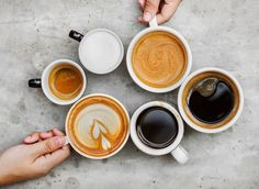 A new study explains what makes you a coffee versus tea person, including genetics and how your brain reacts to caffeine. Coffee Tasting, Coffee Drinkers, Banana Coffee, Big Coffee, Coffee Time, Coffee Facts, Best Beans, Chocolate Powder, Camping Coffee