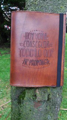 Leather - Cuero by La Tiendina Astur #handmade #hechoamano #leather #cuero…