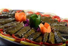 Relleno para hojas de parra (Warak Inab o Warak Dawali ) con carne Arabian Food, Spanish Food, Spanish Recipes, Vegan Foods, Mediterranean Recipes, Types Of Food, Relleno, Salsa, Bbq