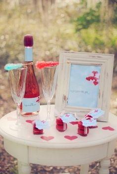 Noivado no dia dos namorados | http://www.blogdocasamento.com.br/noivado-nova-estrutura/decoracao-para-noivado/noivado-no-dia-dos-namorados/