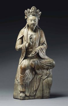 AN IMPORTANT LARGE WOOD FIGURE OF GUANYIN - CHINA, SONG DYNASTY, 12TH/13TH…