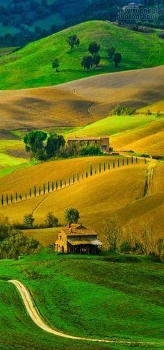 Pienza, Italy - Holiday$pots4u