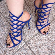 31 Nice Shoes Trends To Look Cool - Shoes Fashion & Latest Trends Sexy High Heels, Hot Heels, Stilettos, Stiletto Heels, Pies Sexy, Gorgeous Feet, Sexy Toes, Killer Heels, Women's Feet
