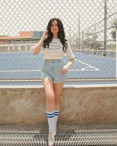 Tall, young and lovely Sue Ramirez donning a sporty streetclothes. Sue Ramirez, Filipina Girls, Filipina Beauty, Liza Soberano, Cute Korean Girl, Outfit Goals, Outfit Ideas, Girl Photography, Girl Crushes