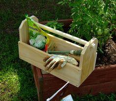 DIY Garden Tote.