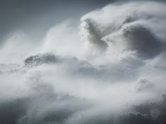 Spectacular Waves Shot by Rachael Talibart – Fubiz Media