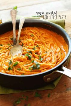 Vegan Roasted Red Pepper Pasta   27 Of The Most Delicious Things You Can Do To Vegetables