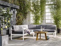KARWEI | Met een heerlijke loungebank en leuke accessoires maak je van je tuin…