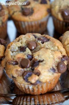 Chocolate Chip Banana Muffins Recipe Used Greek yogurt instead of sour cream. 350 for 20 minutes bread cake healthy muffins pudding recipes chocolat plantain recette recette Just Desserts, Delicious Desserts, Yummy Food, Baking Desserts, Cake Baking, Health Desserts, Muffins Chocolate Chip, Chocolate Chips, Moist Banana Muffins